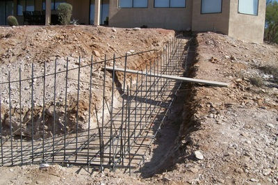how to build a block wall with rebar
